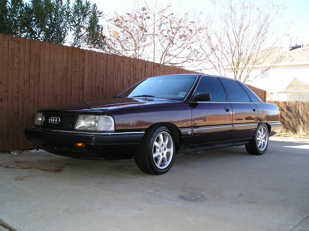 1990 AUDI 100 - Image #23