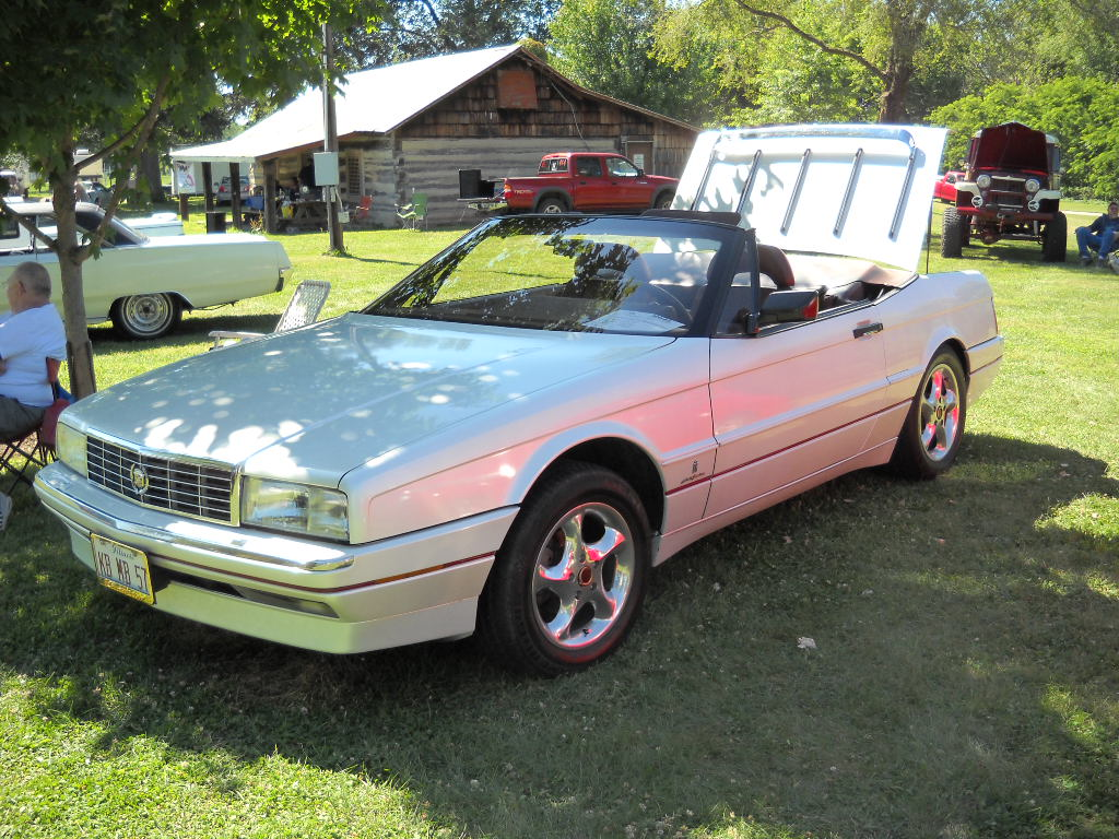1990 Cadillac Allante  Information and photos  ZombieDrive
