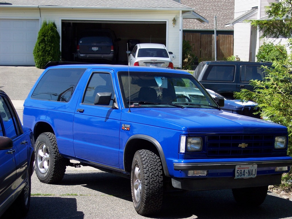 Chevrolet S 10 likewise Our 90 Chevy Blazer 49268 furthermore 191638020760 likewise 1992 Chevrolet Blazer in addition 6773 1990 Chevrolet Blazer 5. on 1990 chevrolet s10