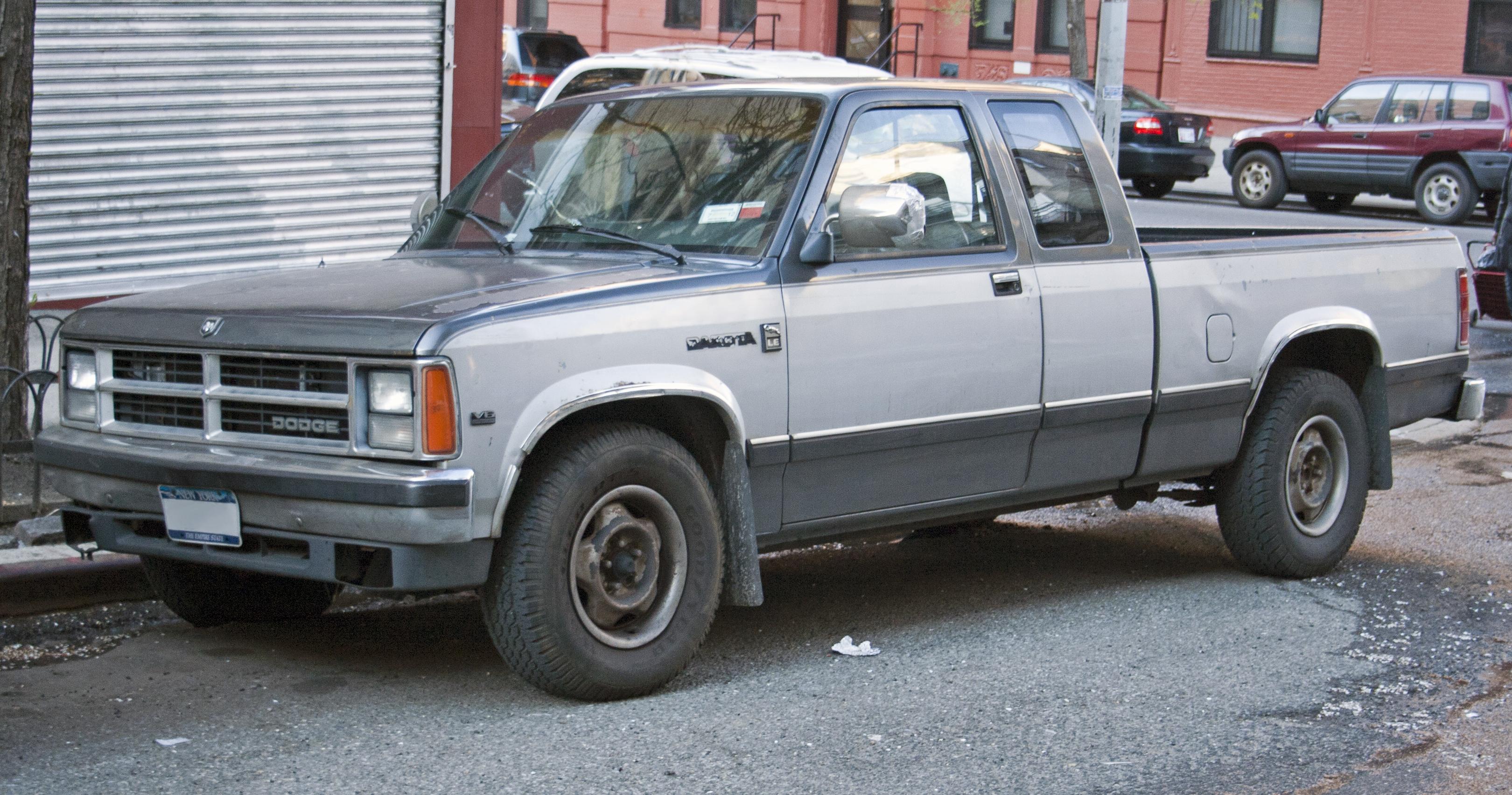 Dodge Dakota on 1990 Dodge Dakota Extended Cab