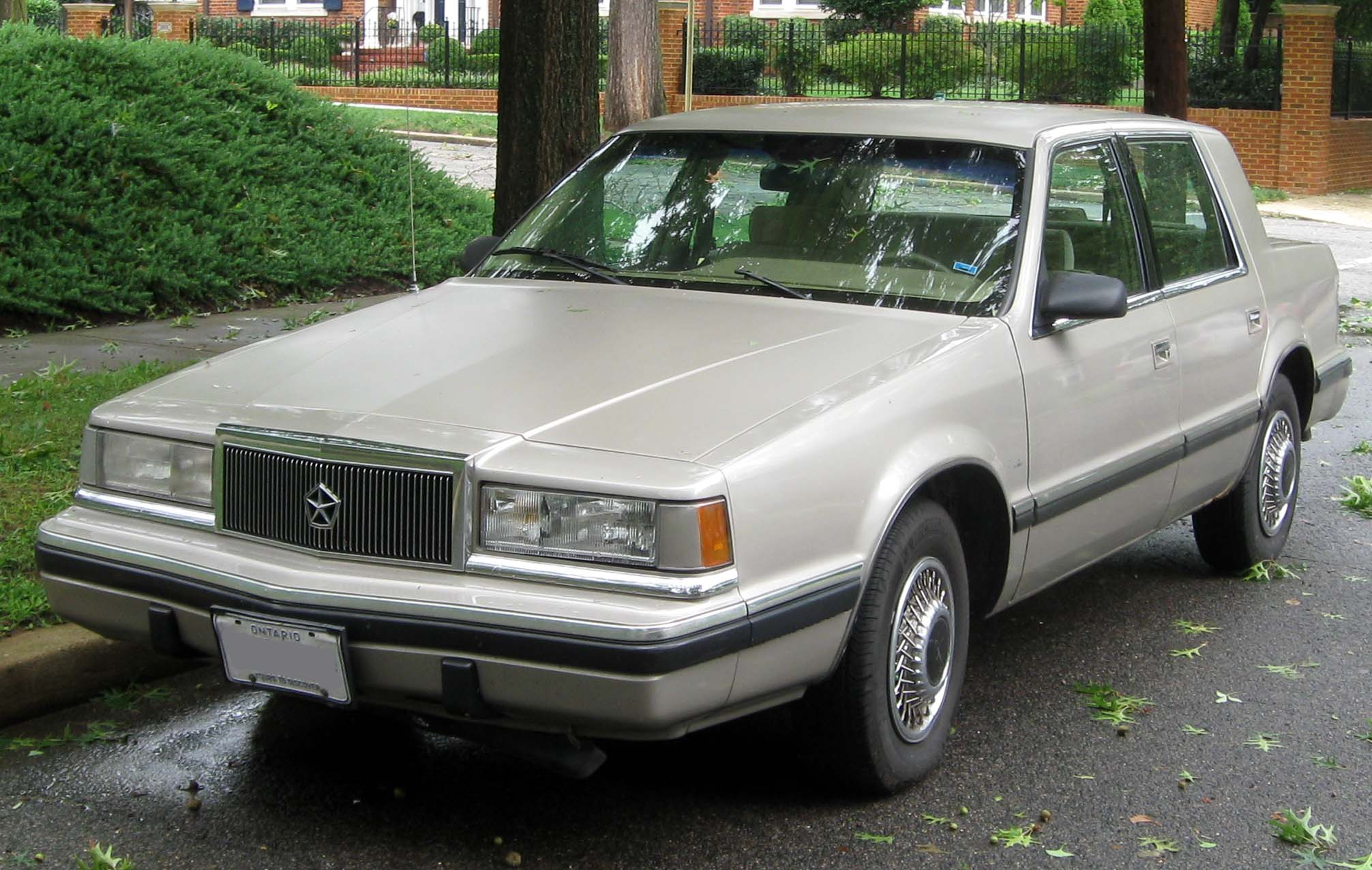 1990 Dodge Dynasty - Information and photos - ZombieDrive