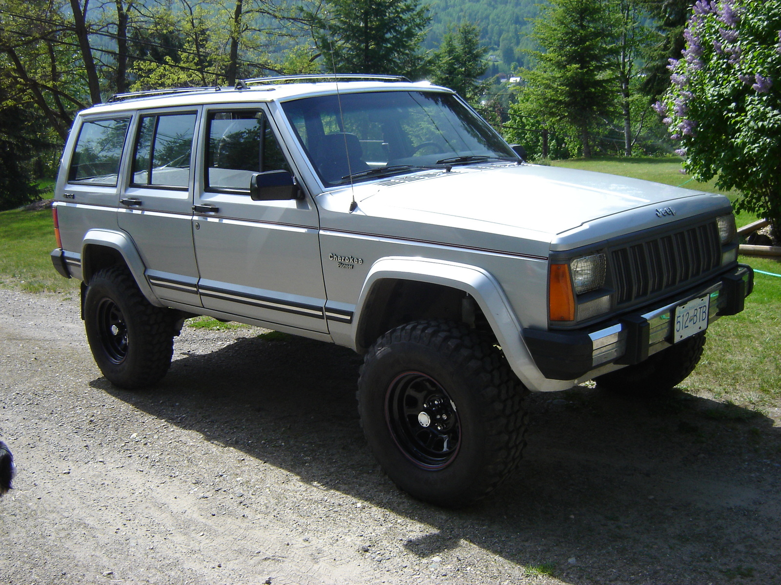 1990 Jeep Cherokee - Information and photos - ZombieDrive
