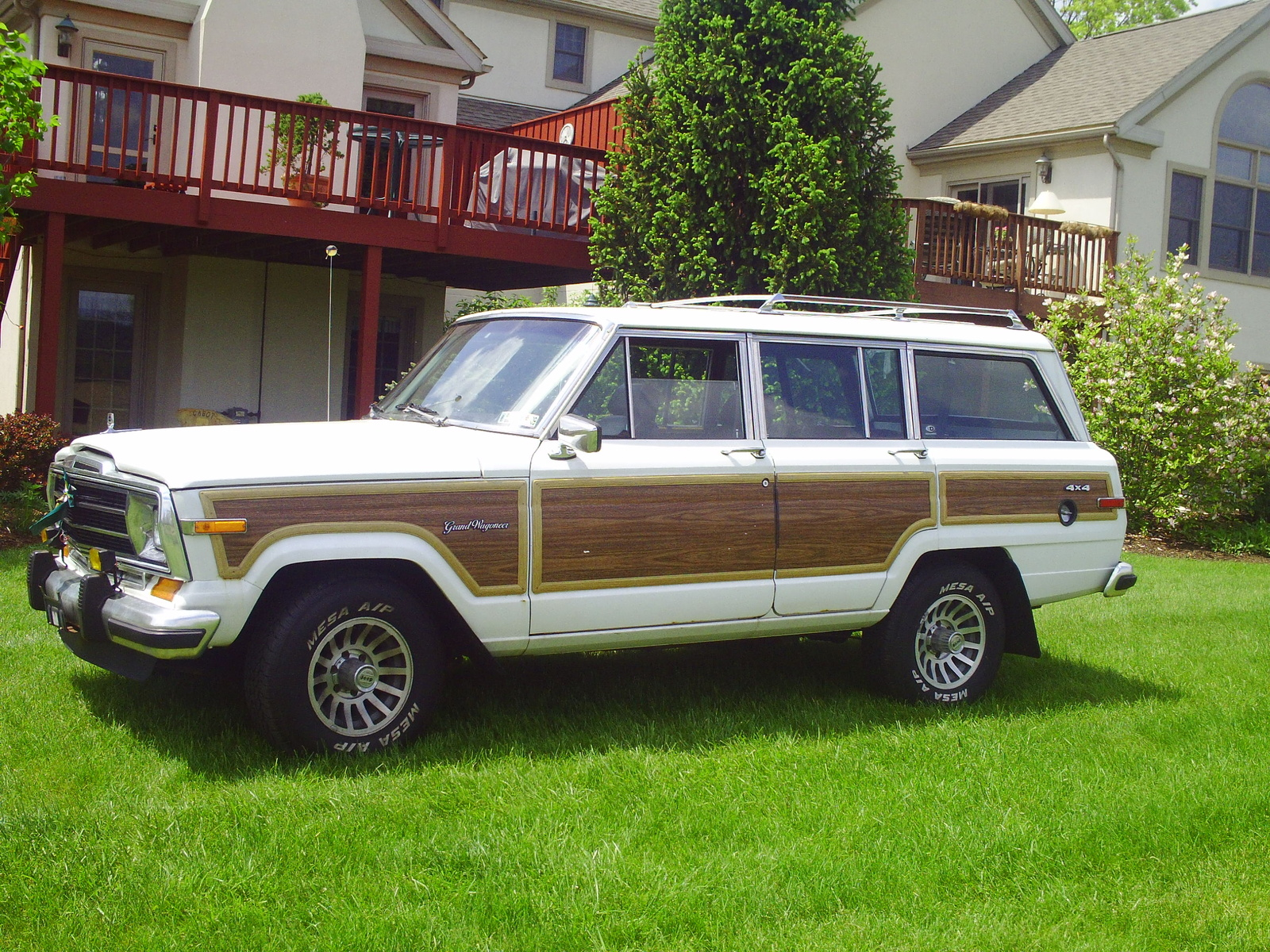 1990 Jeep Grand Wagoneer #9 Jeep Grand Wagoneer #9