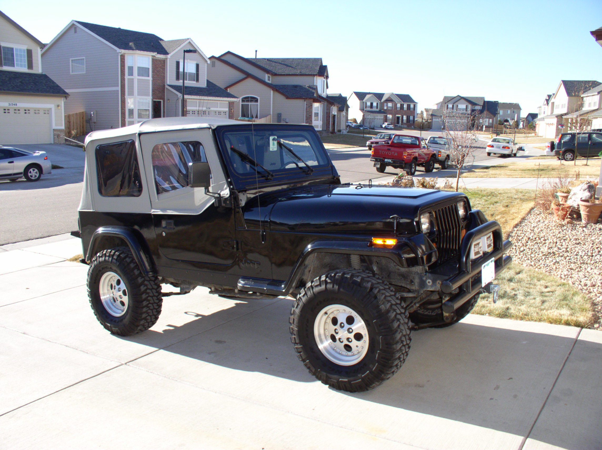1990 Jeep Wrangler - Information and photos - ZombieDrive