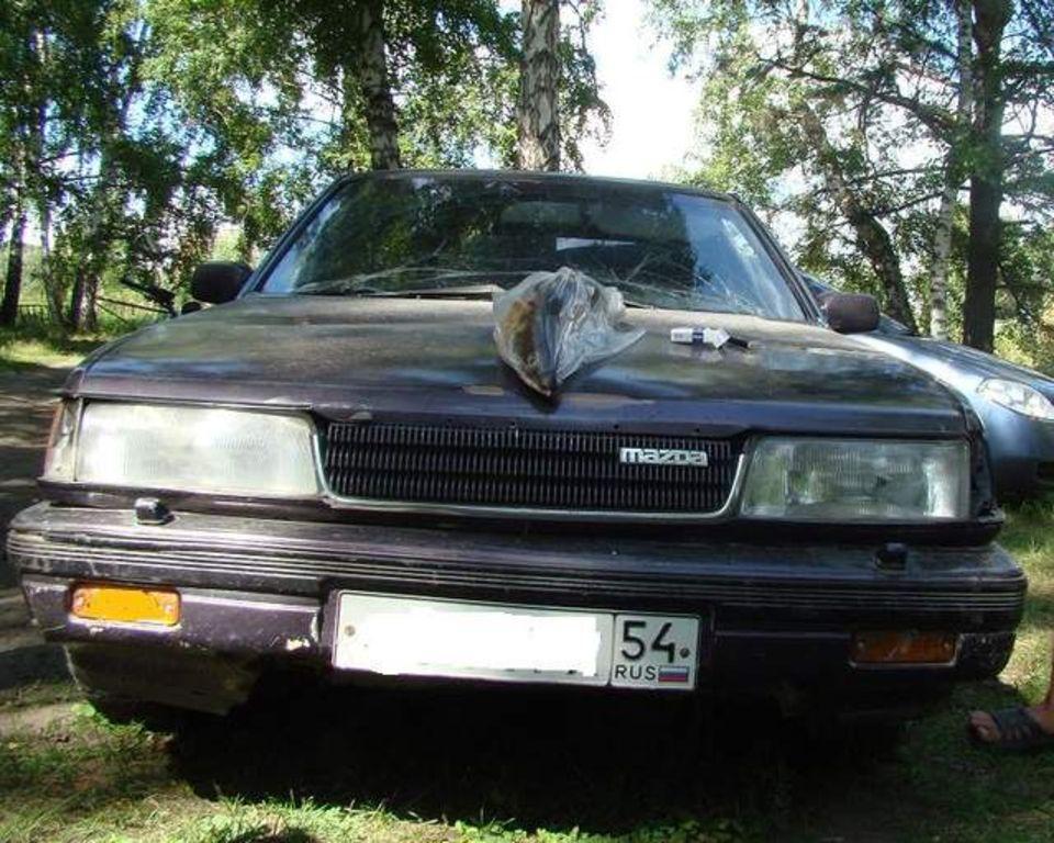 1990 Mazda 929 Image 10