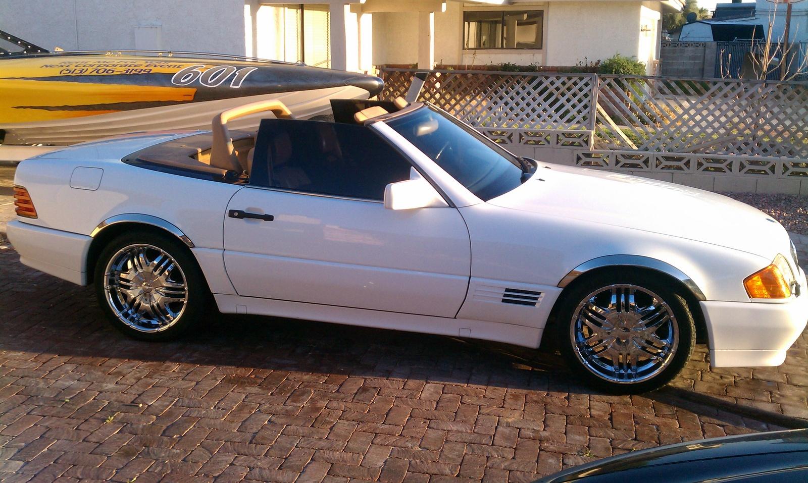 1990 MercedesBenz 300Class  Information and photos  ZombieDrive