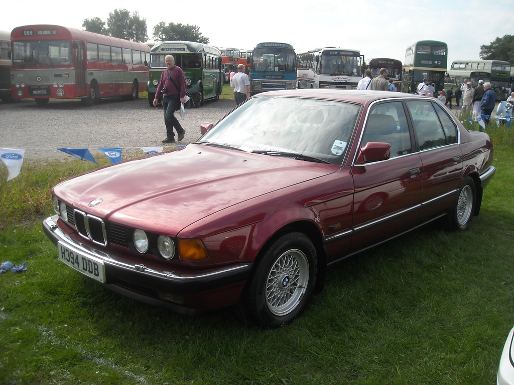 1991 Bmw 7 Series Image 5