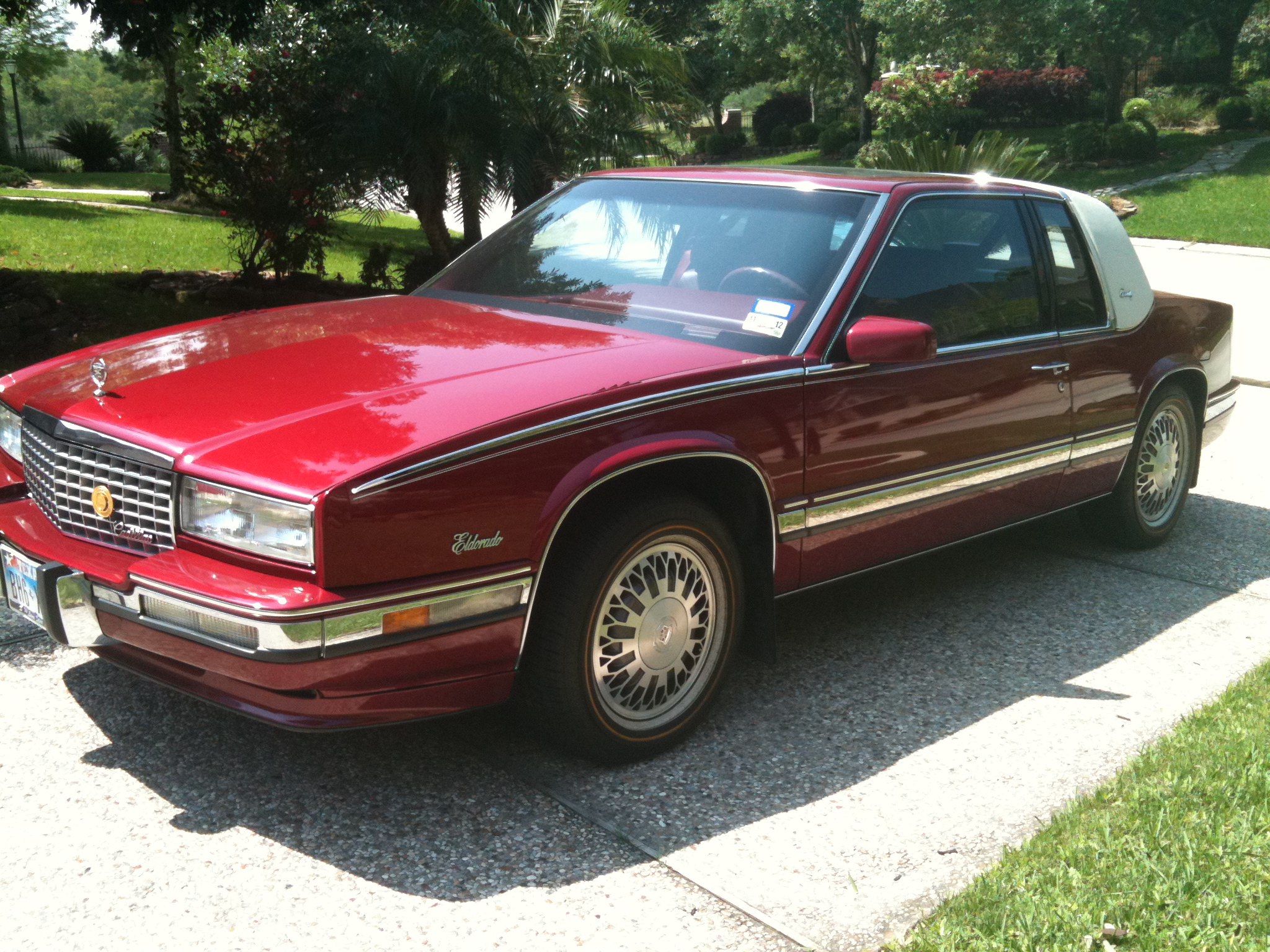 1991 cadillac eldorado information and photos zombiedrive. Black Bedroom Furniture Sets. Home Design Ideas