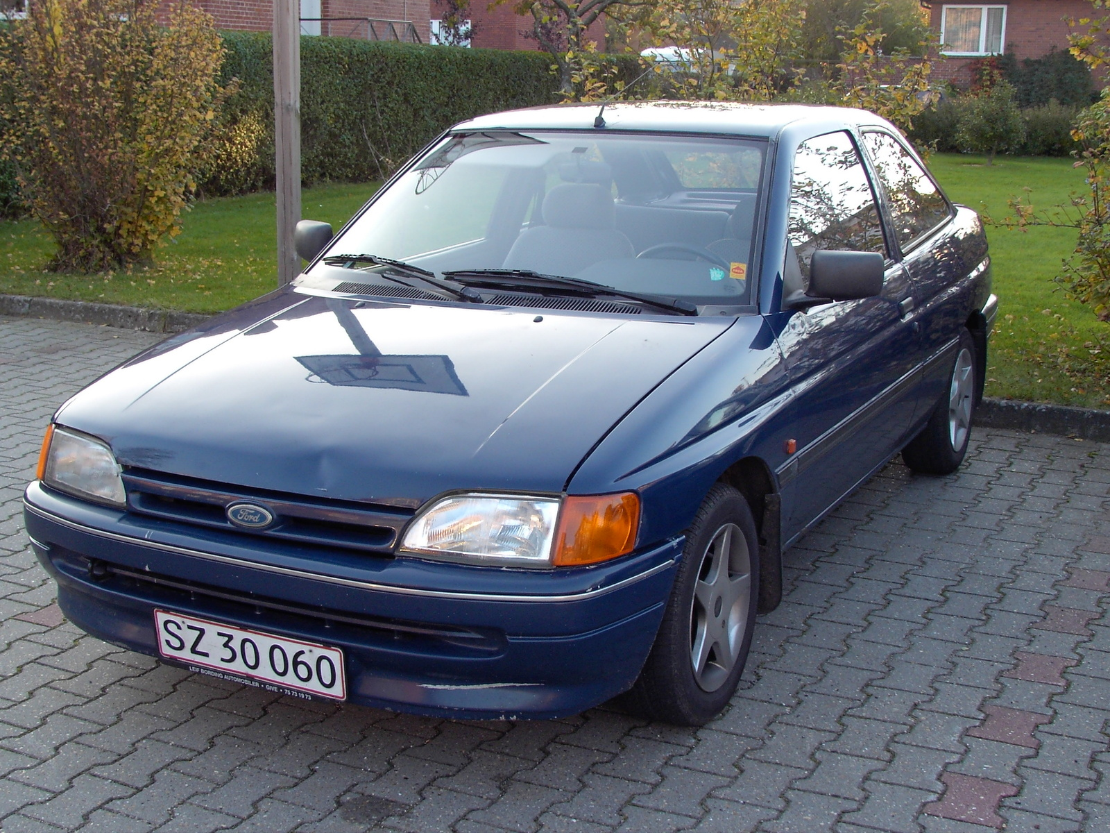 1991 Ford Escort Information And Photos Zombiedrive