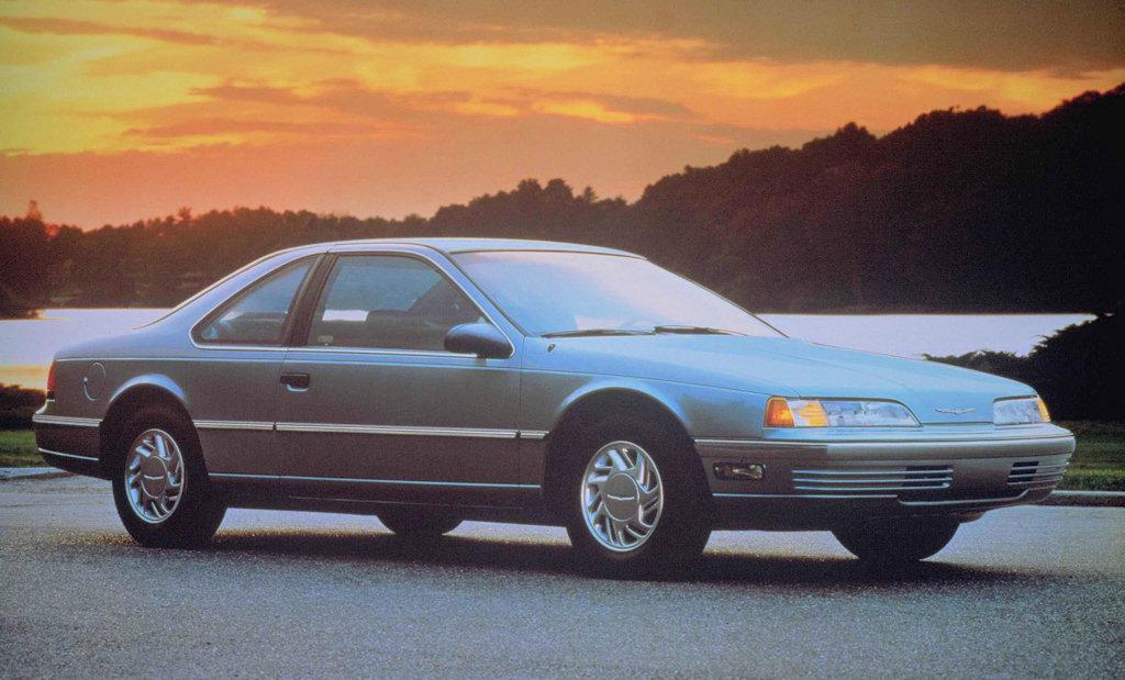 1991 Ford Thunderbird 1