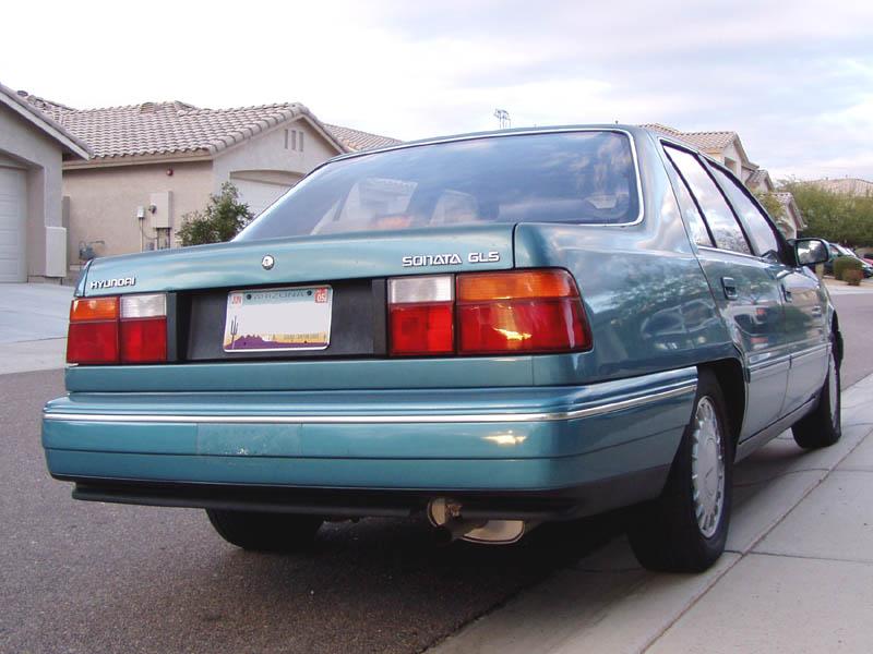 1991 Hyundai Sonata Image 10