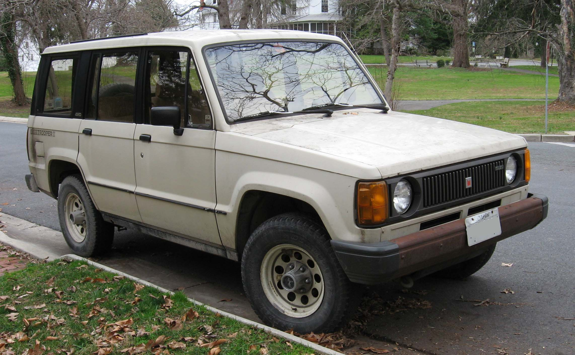 Isuzu Trooper #7