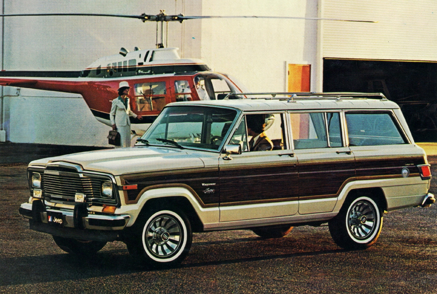 1991 Jeep Grand Wagoneer Image 9