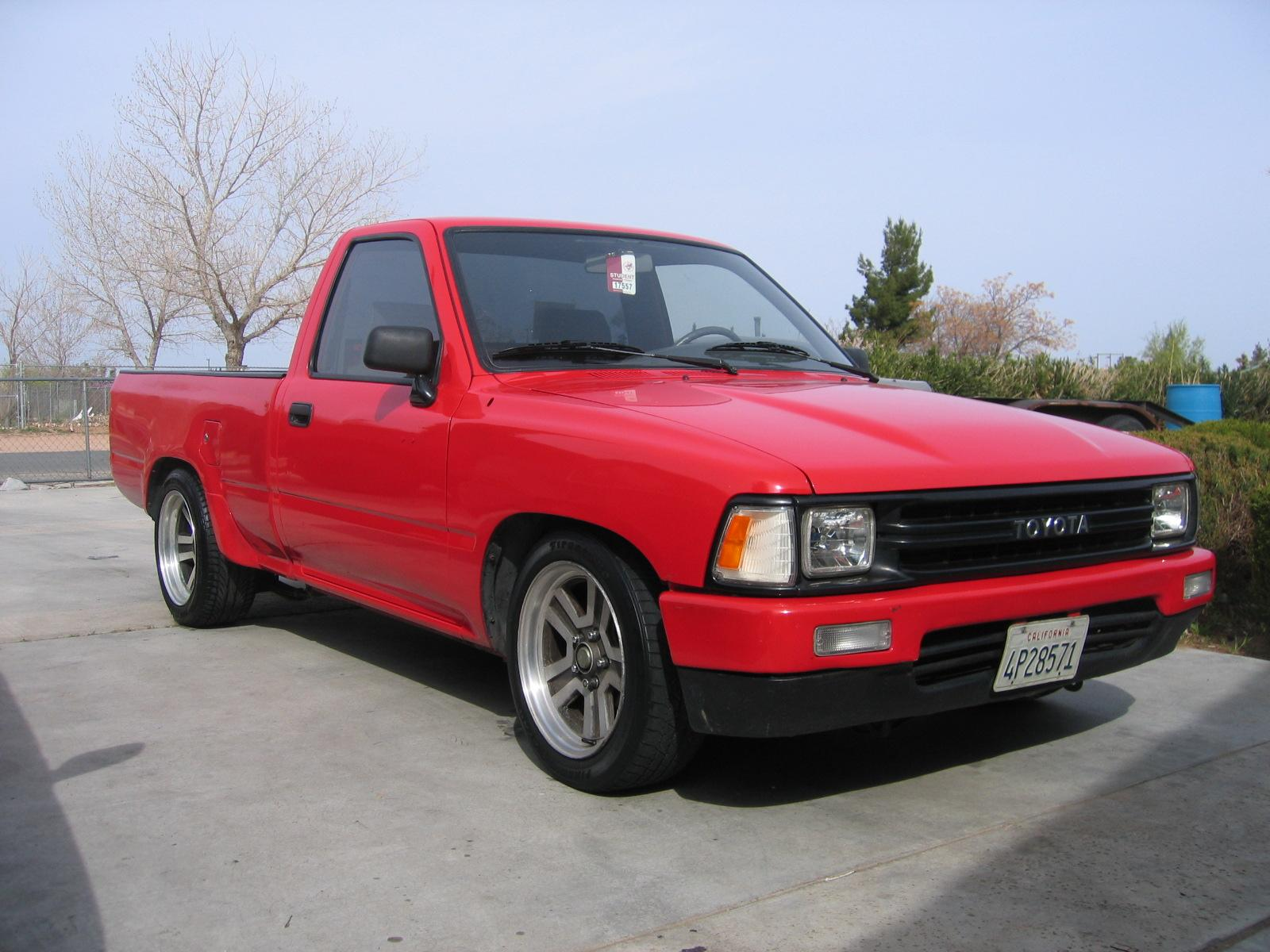 1991 toyota pickup information and photos zombiedrive. Black Bedroom Furniture Sets. Home Design Ideas