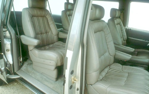 1991 Plymouth Voyager 2 D interior #5