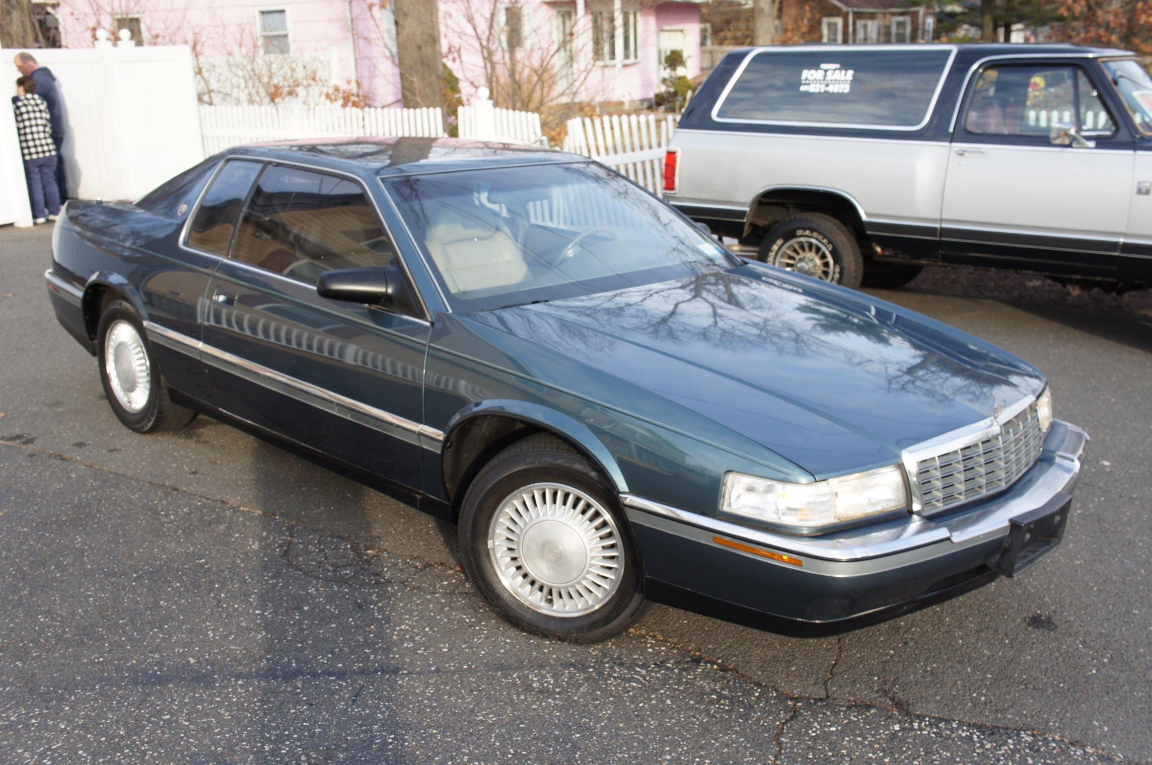 1992 Cadillac Eldorado - Information and photos - ZombieDrive