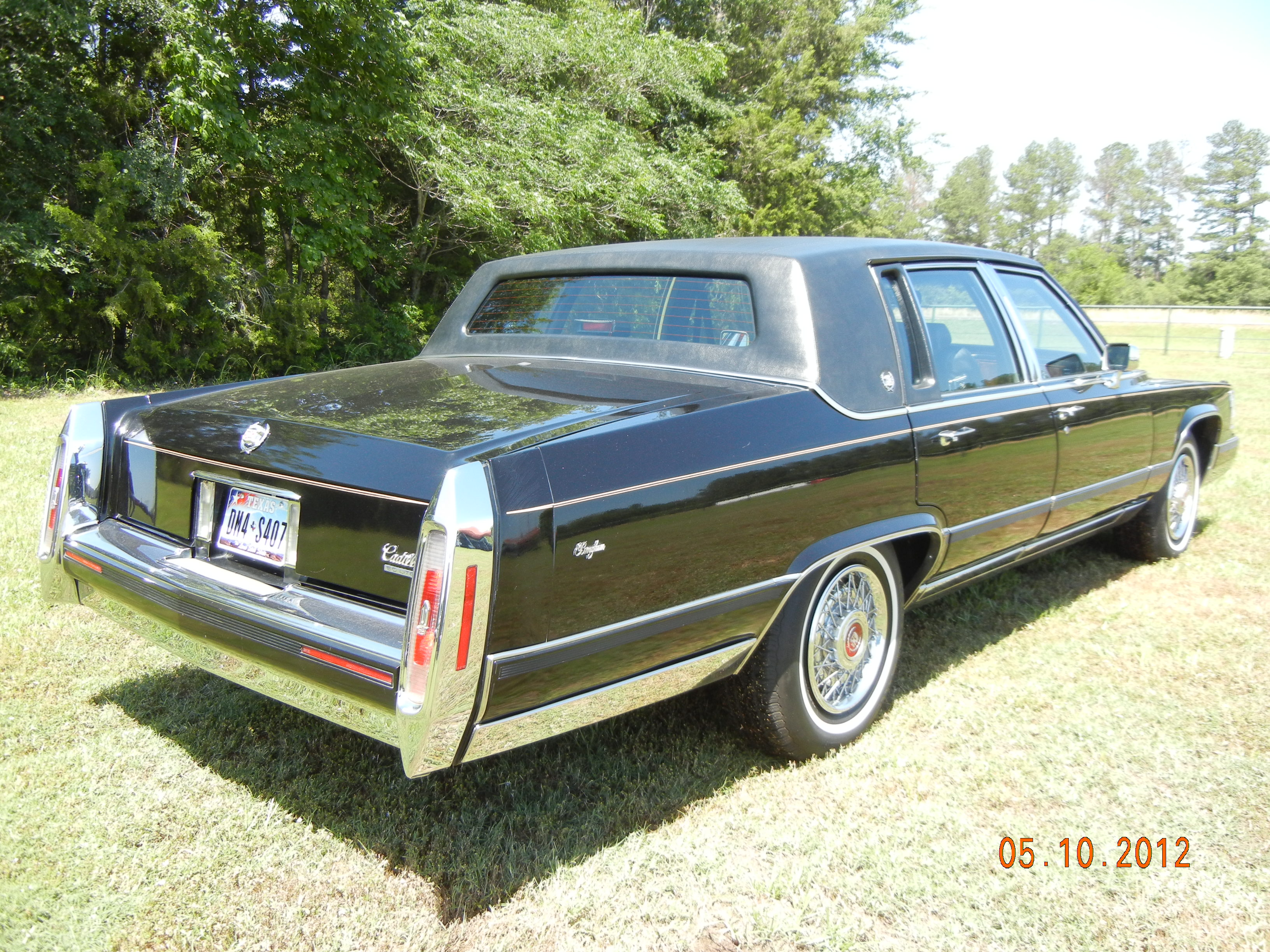 cars vee fleetwood no drives for hand bigblock gallery sale classic sold special right cadillac engine rust drive great brougham