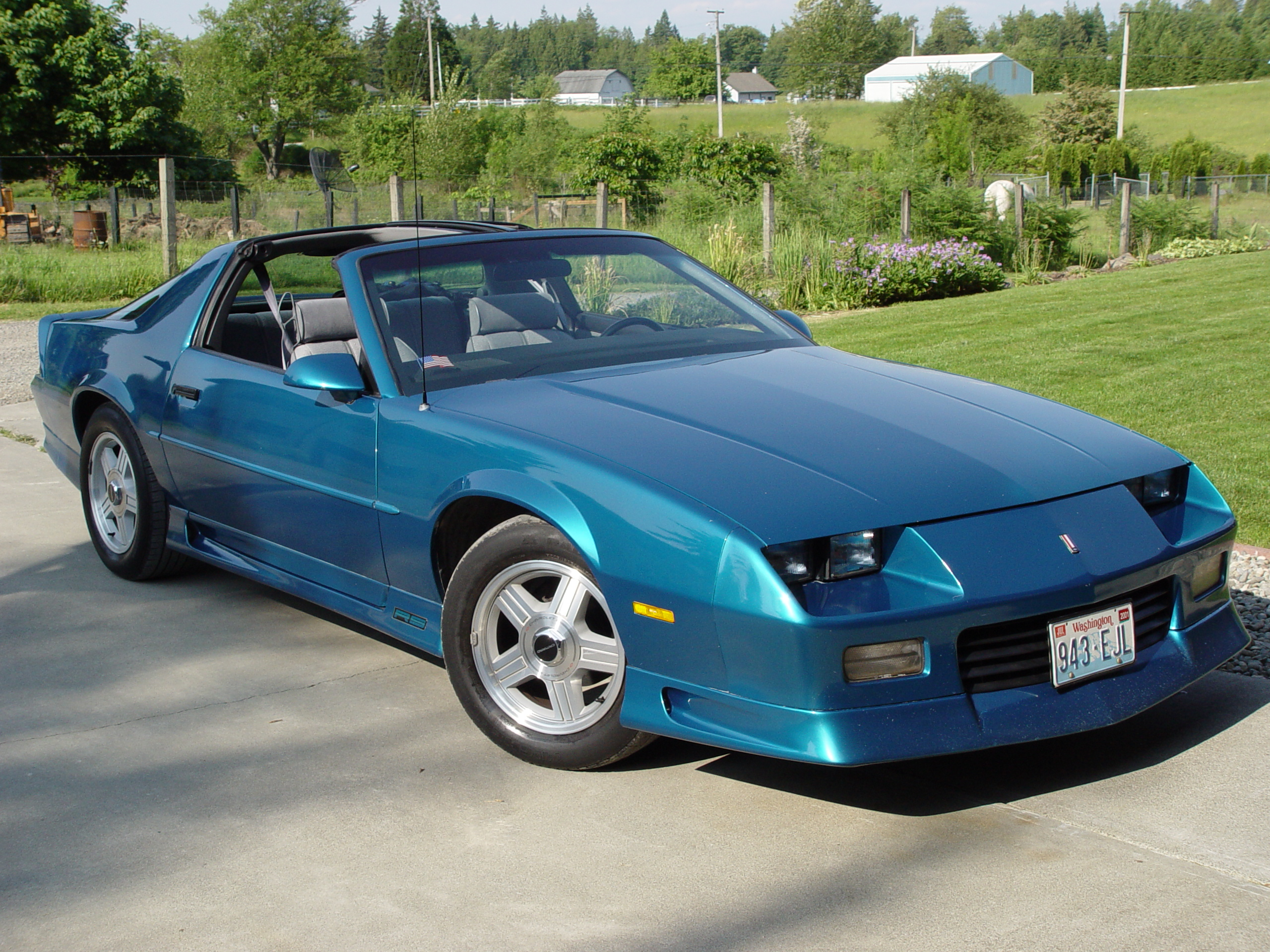 1992 chevrolet camaro information and photos zombiedrive. Black Bedroom Furniture Sets. Home Design Ideas
