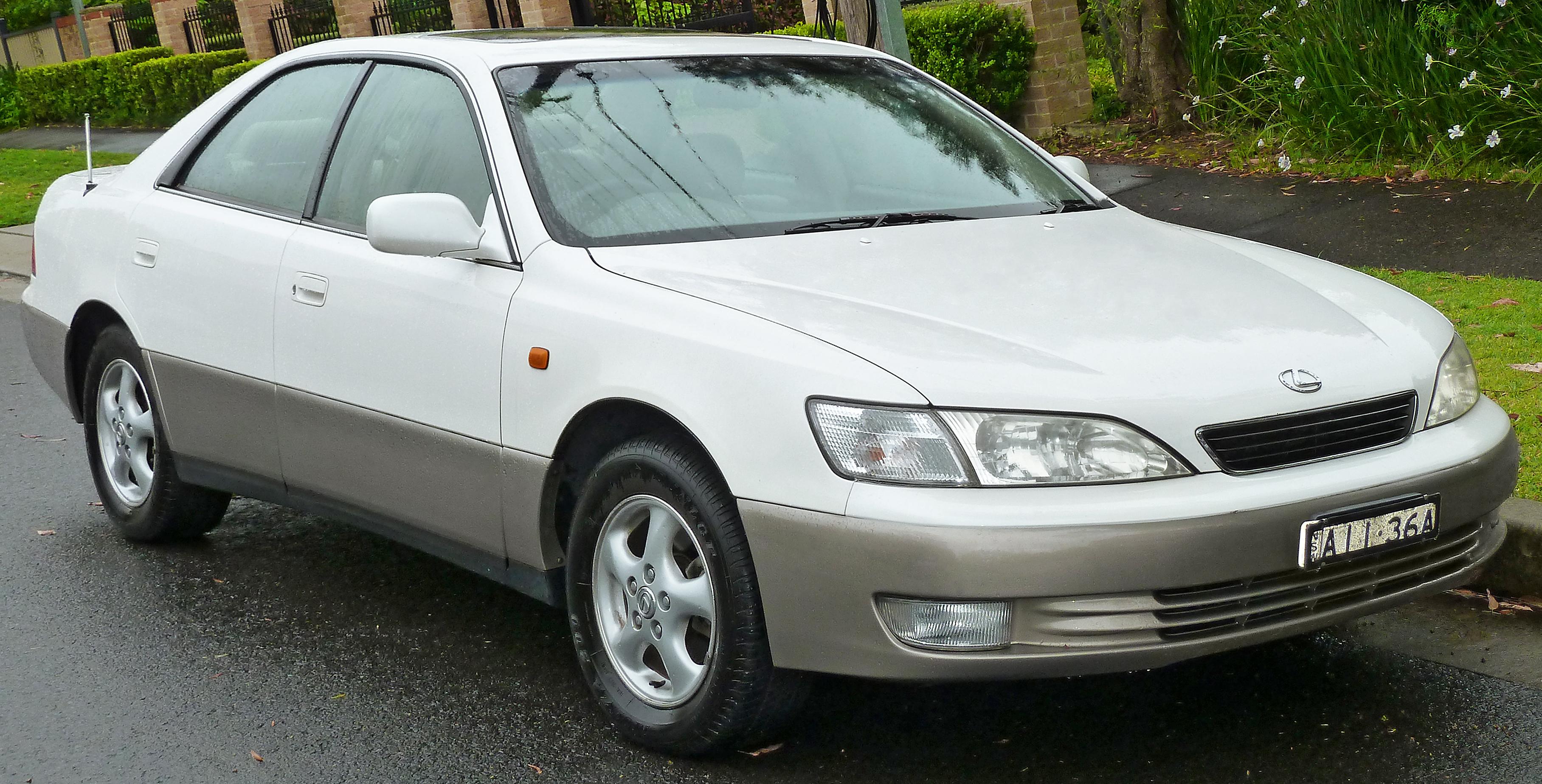 1992 Lexus Es 300 Image 2