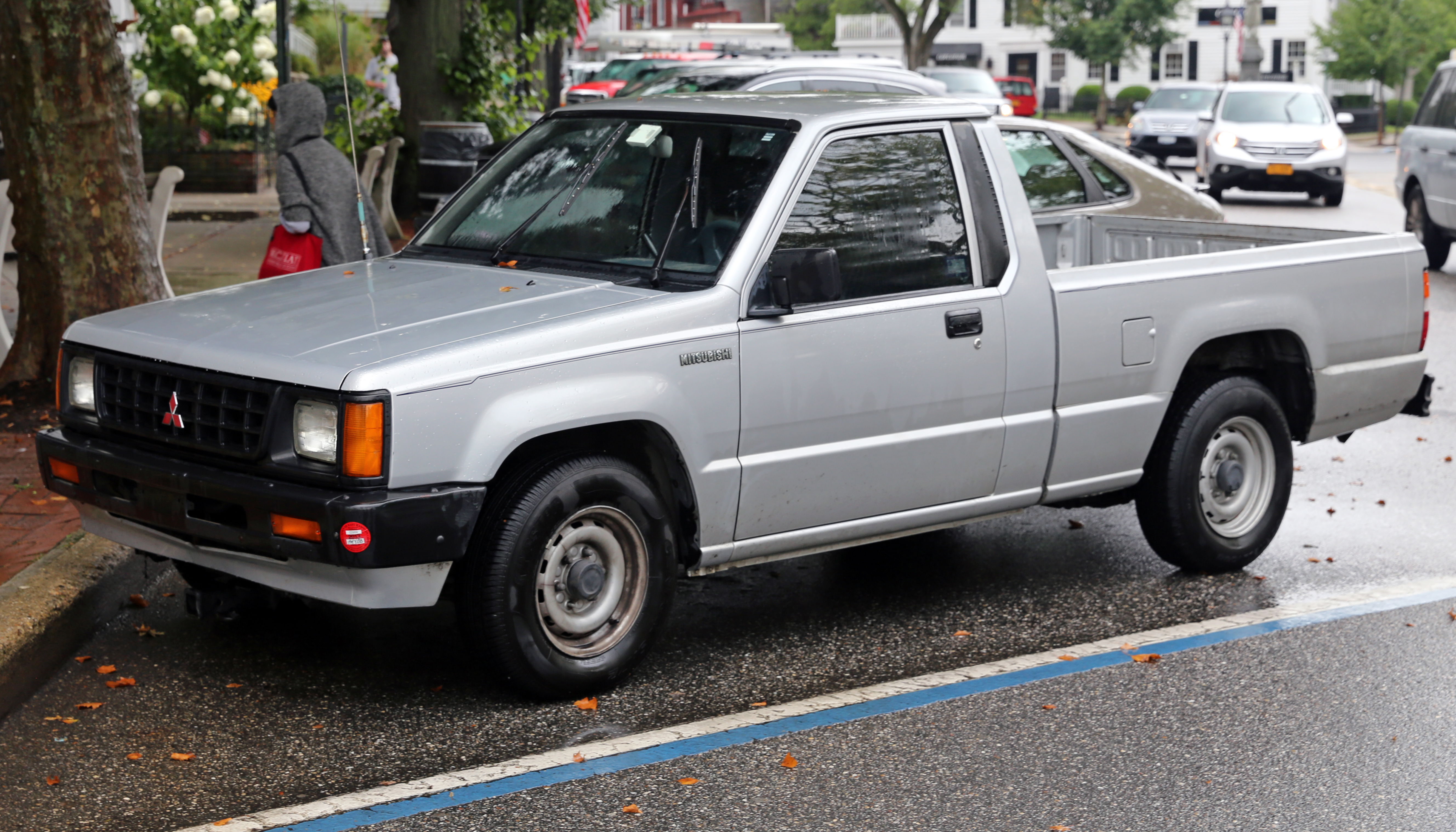 1992 mitsubishi mighty max pickup information and photos. Black Bedroom Furniture Sets. Home Design Ideas