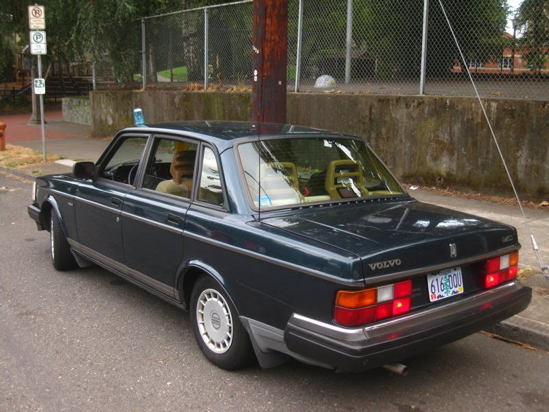 1992 Volvo 240 - Information and photos - ZombieDrive