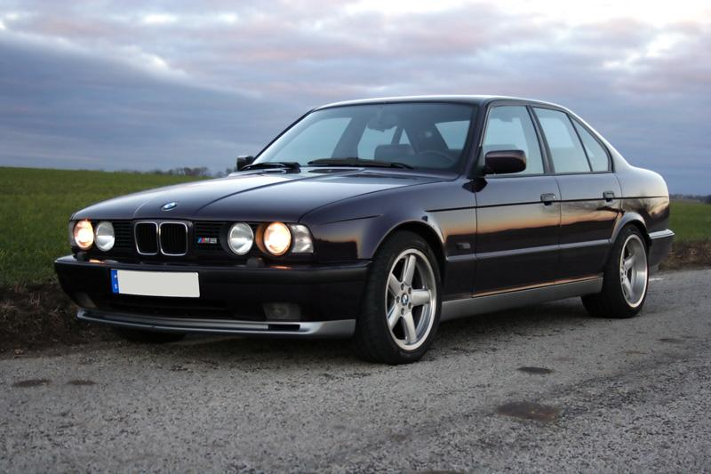 1993 Bmw M5 - Information And Photos