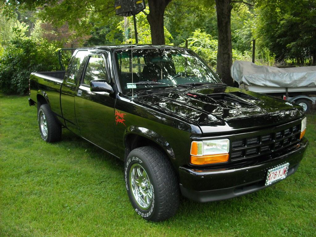 1993 Dodge Dakota Image 4