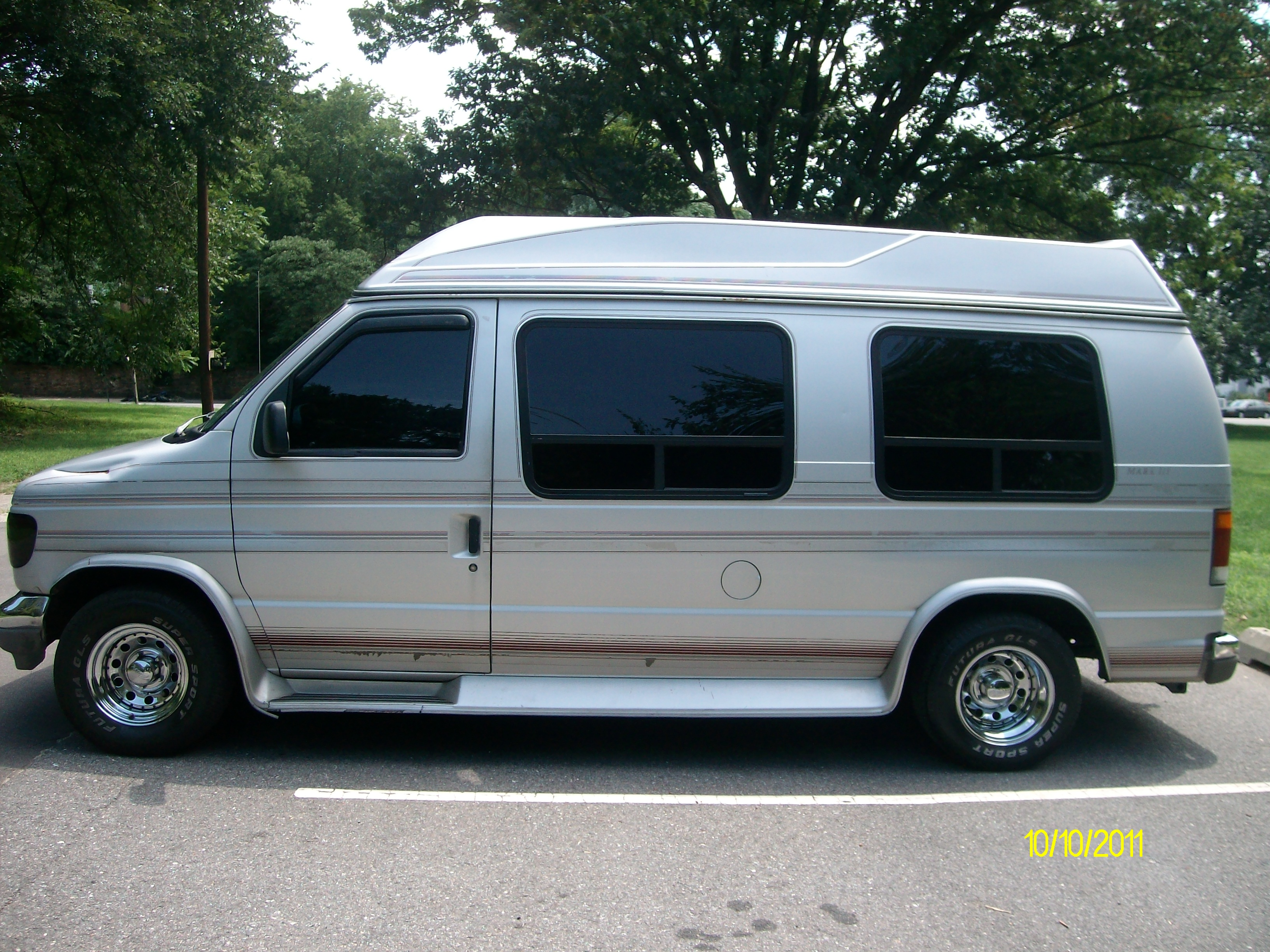 1993 ford e 150 information and photos zombiedrive. Black Bedroom Furniture Sets. Home Design Ideas