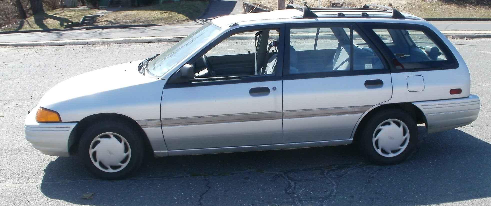 1993 ford escort information and photos zombiedrive rh zombdrive com 1993 ford escort manual transmission fill 1994 ford escort manual transmission fluid
