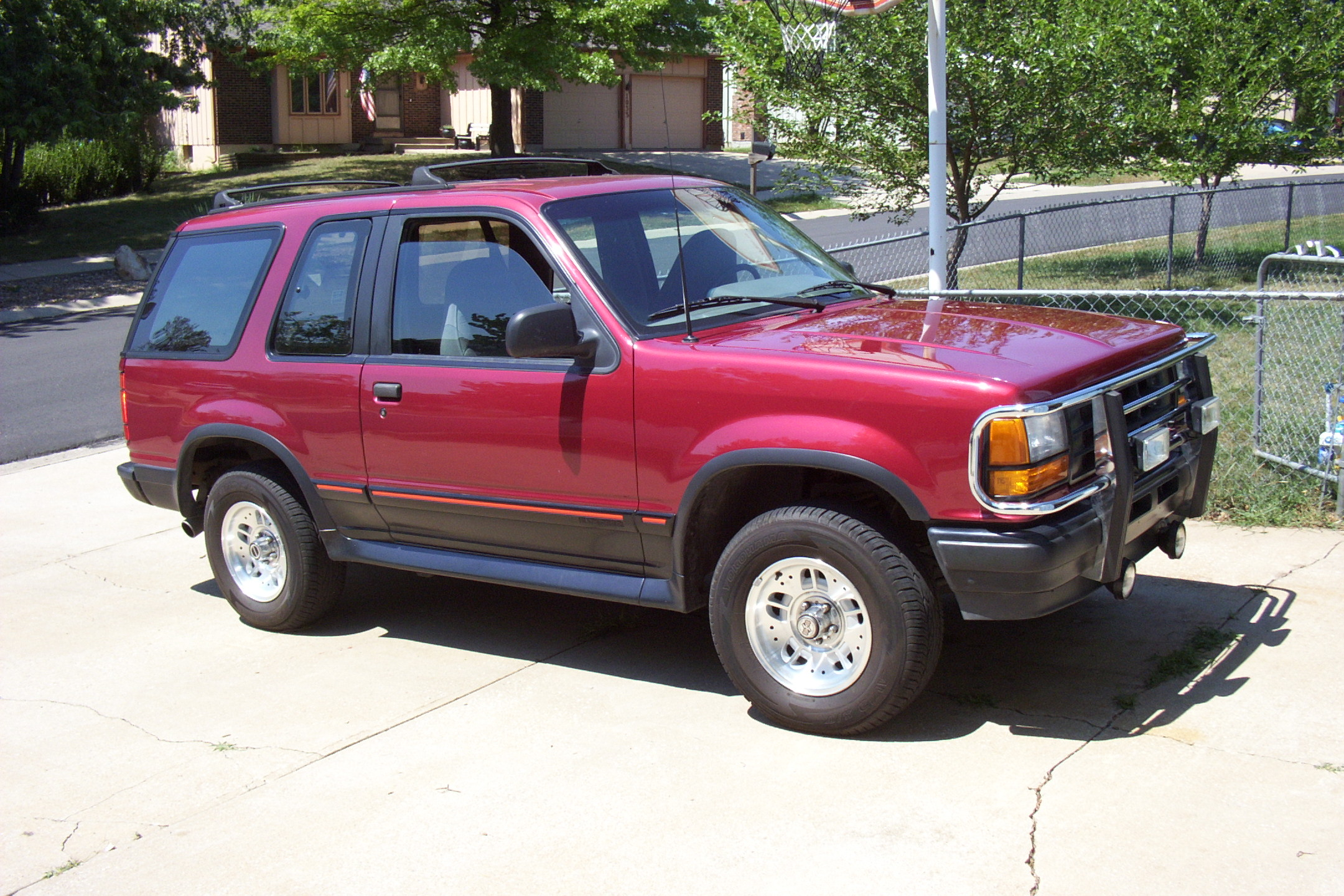 1993 ford explorer image 12