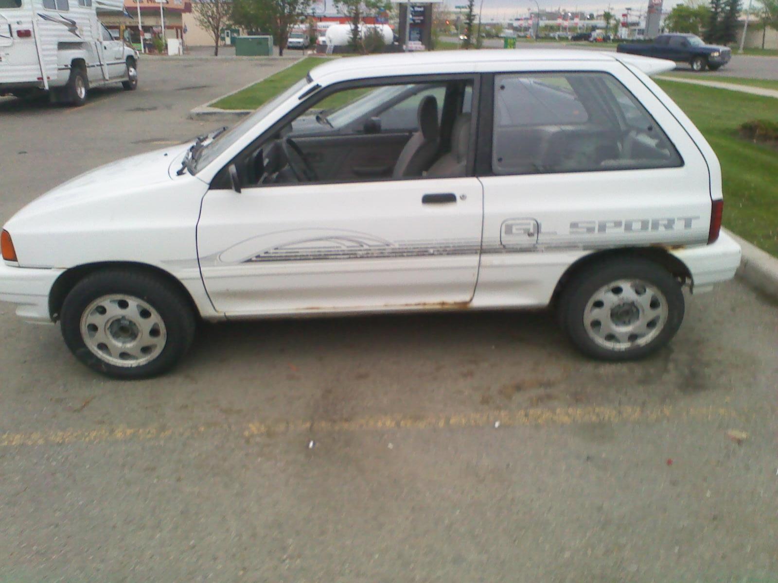 1993 Ford Festiva 3