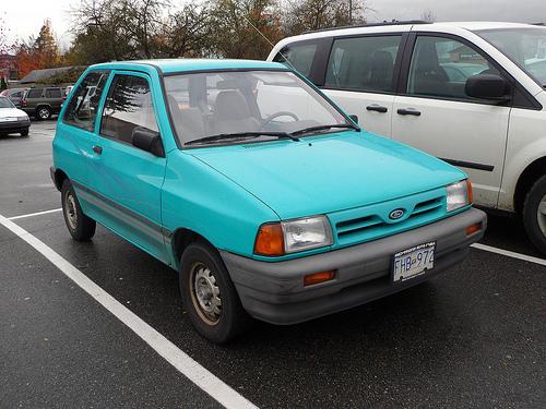 1993 Ford Festiva 7
