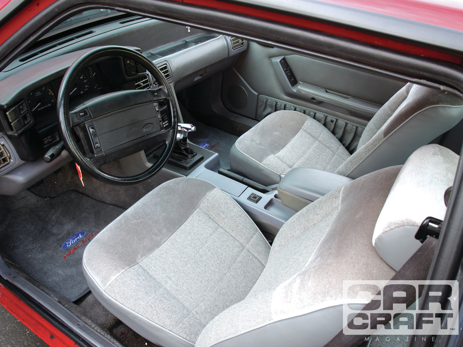 1993 Ford Mustang Image 12