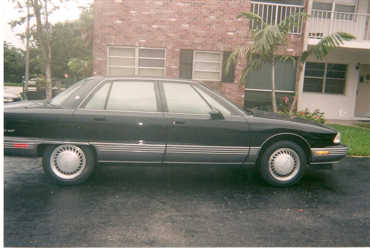 Oldsmobile Ninety-Eight #5