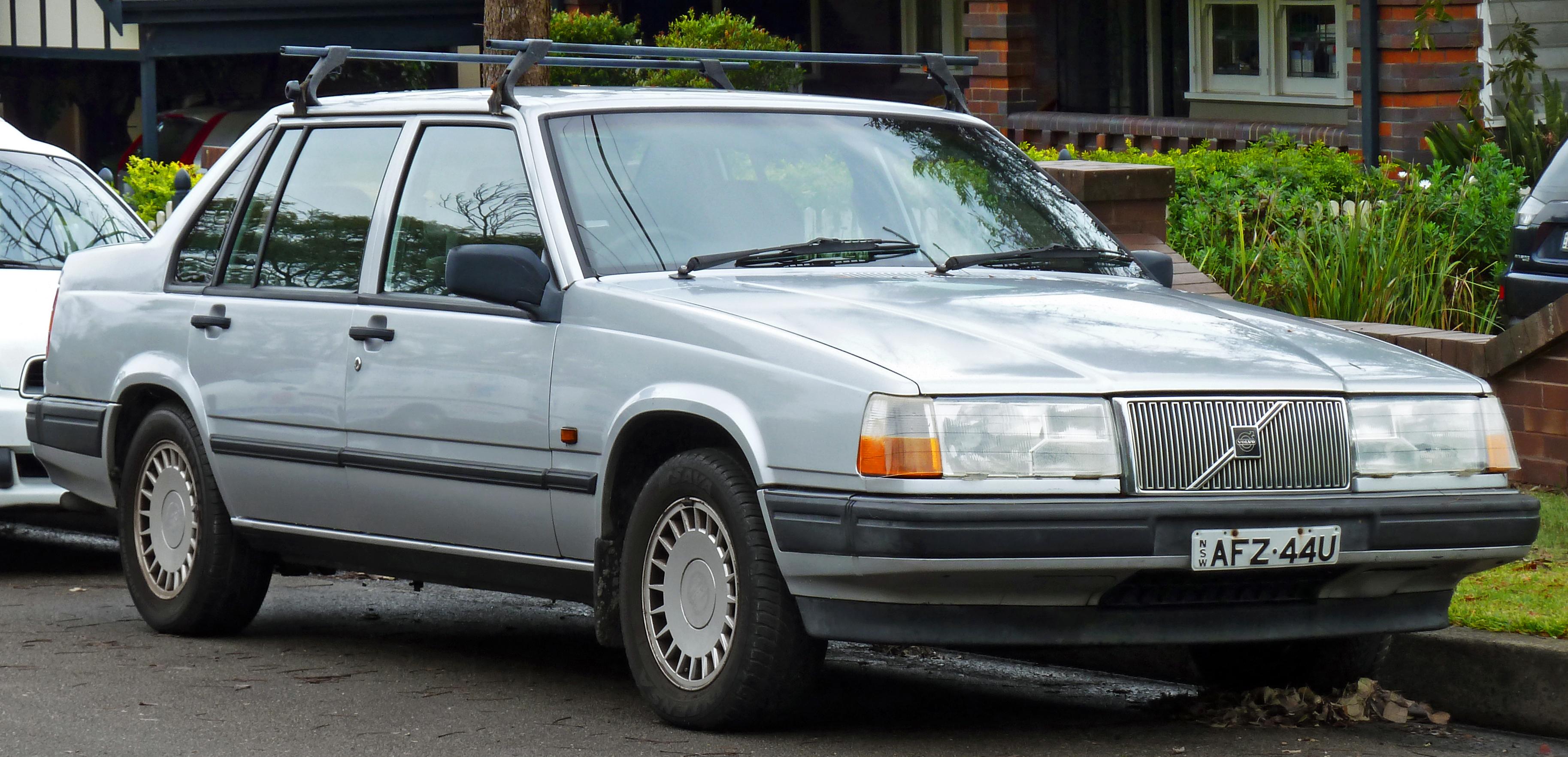 1993 Volvo 940 Image 7
