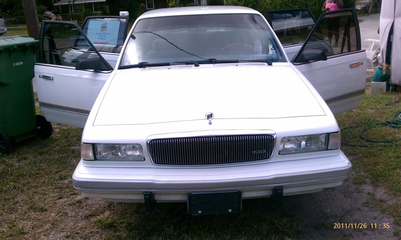 1994 Buick Century Image 1