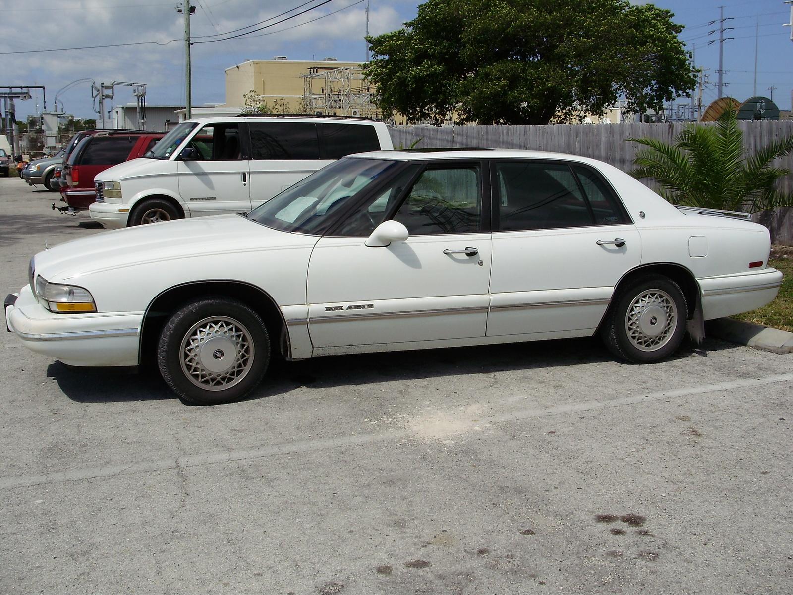 1994 Buick Park Avenue Image 7