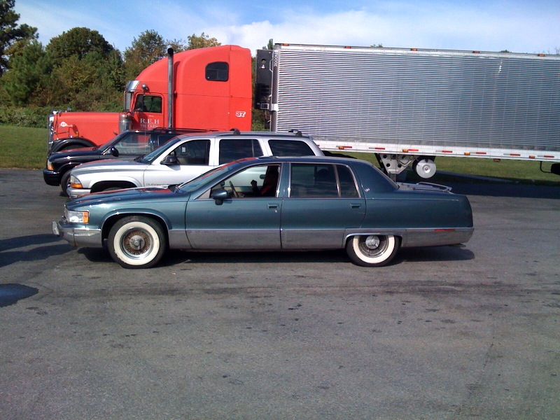 1994 Cadillac Fleetwood - Information and photos - ZombieDrive