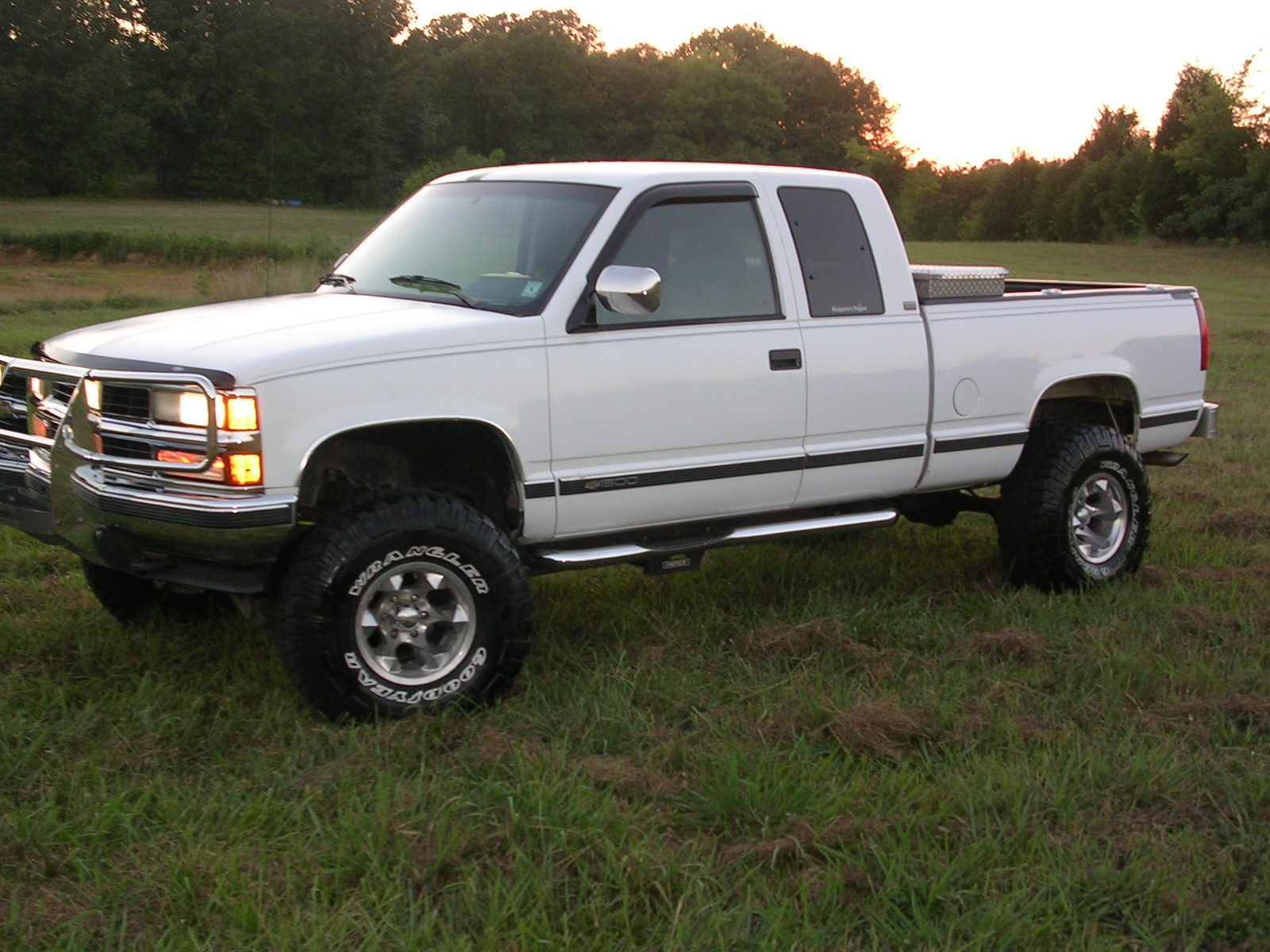 1994 Chevrolet C K 1500 Series Information And Photos