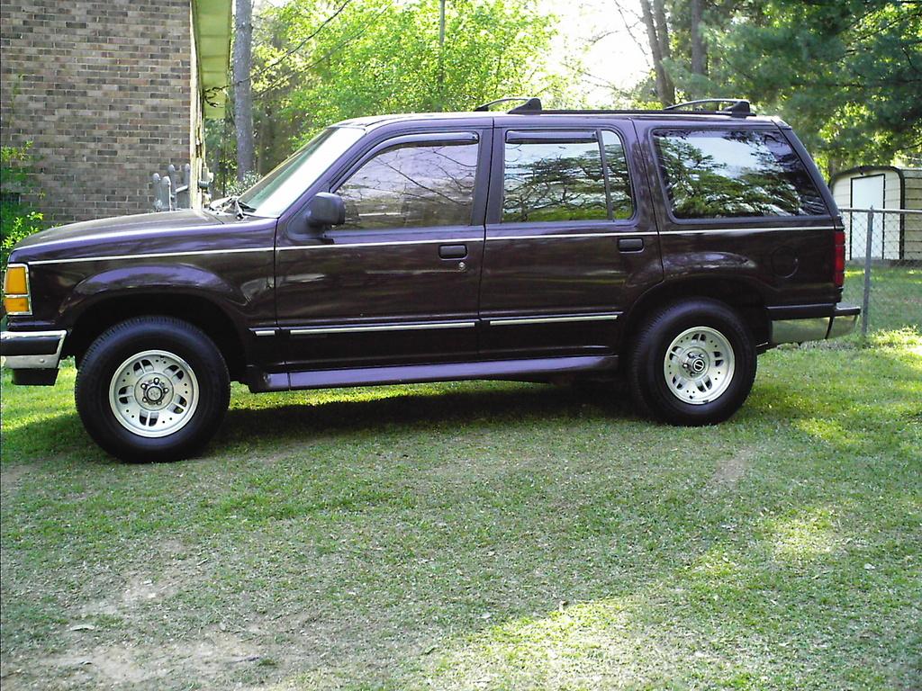 1994 ford explorer image 2