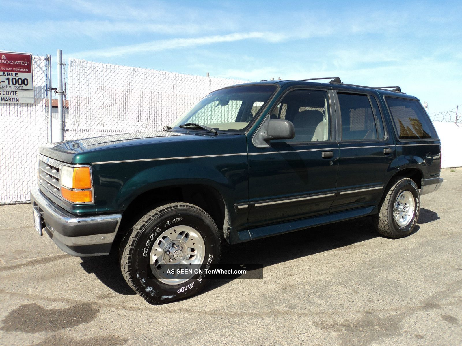 1994 ford explorer information and photos zombiedrive. Black Bedroom Furniture Sets. Home Design Ideas