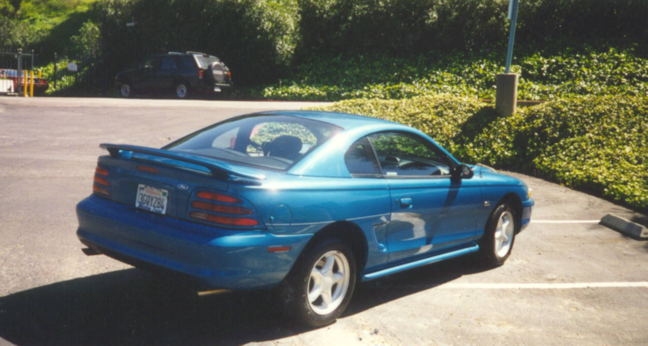 1994 ford mustang image 9