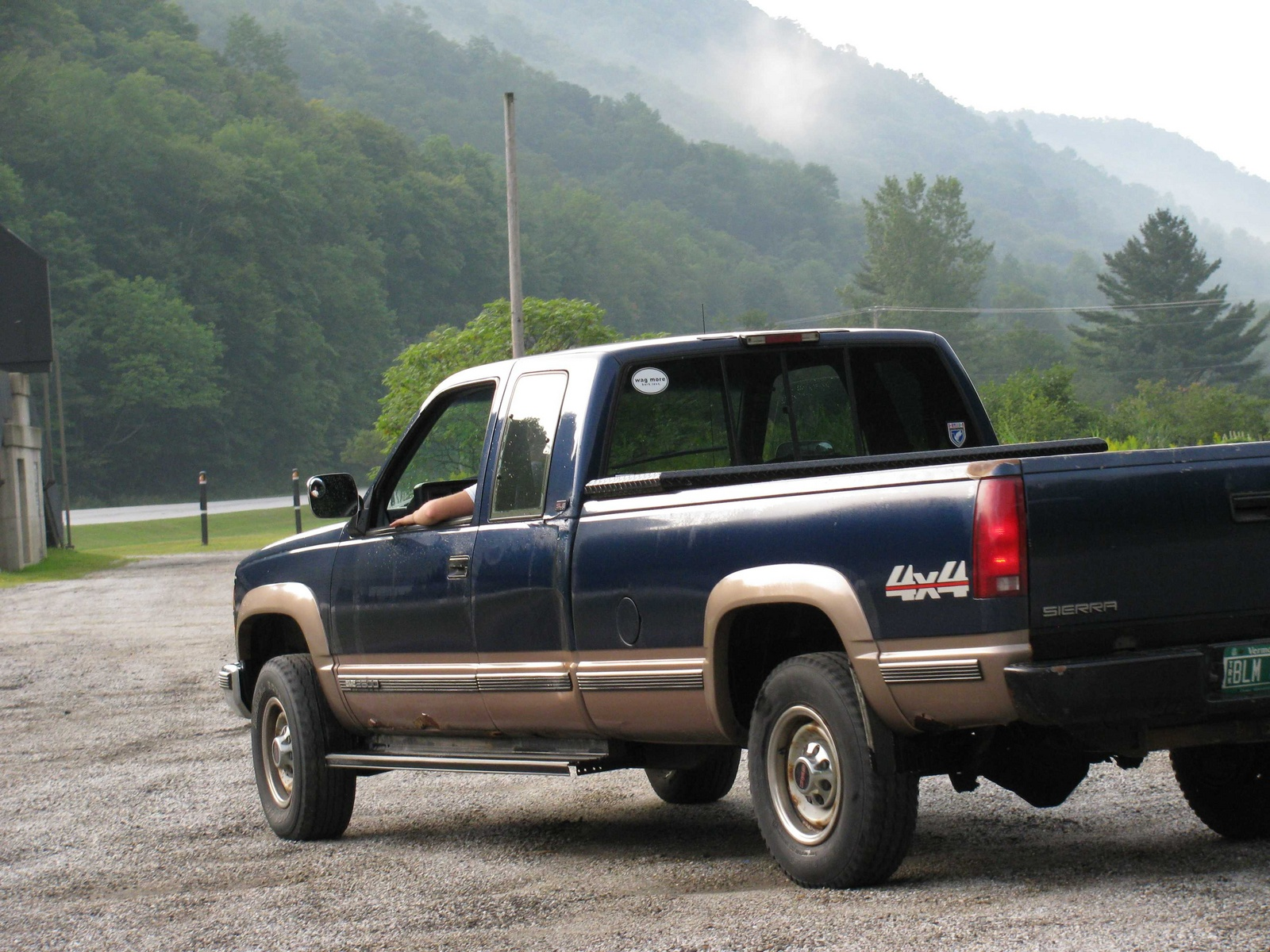 1994 GMC Sierra 2500 - Information and photos - Zomb Drive