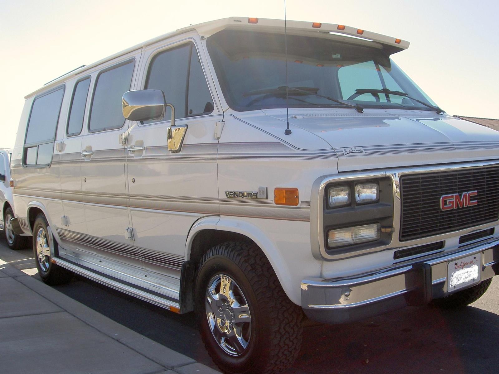 1994 GMC Vandura 8