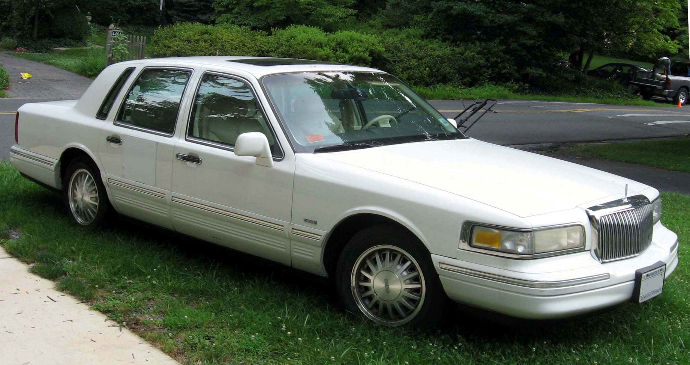1994 Lincoln Town Car Information And Photos Zombiedrive 1998 Lowrider 10