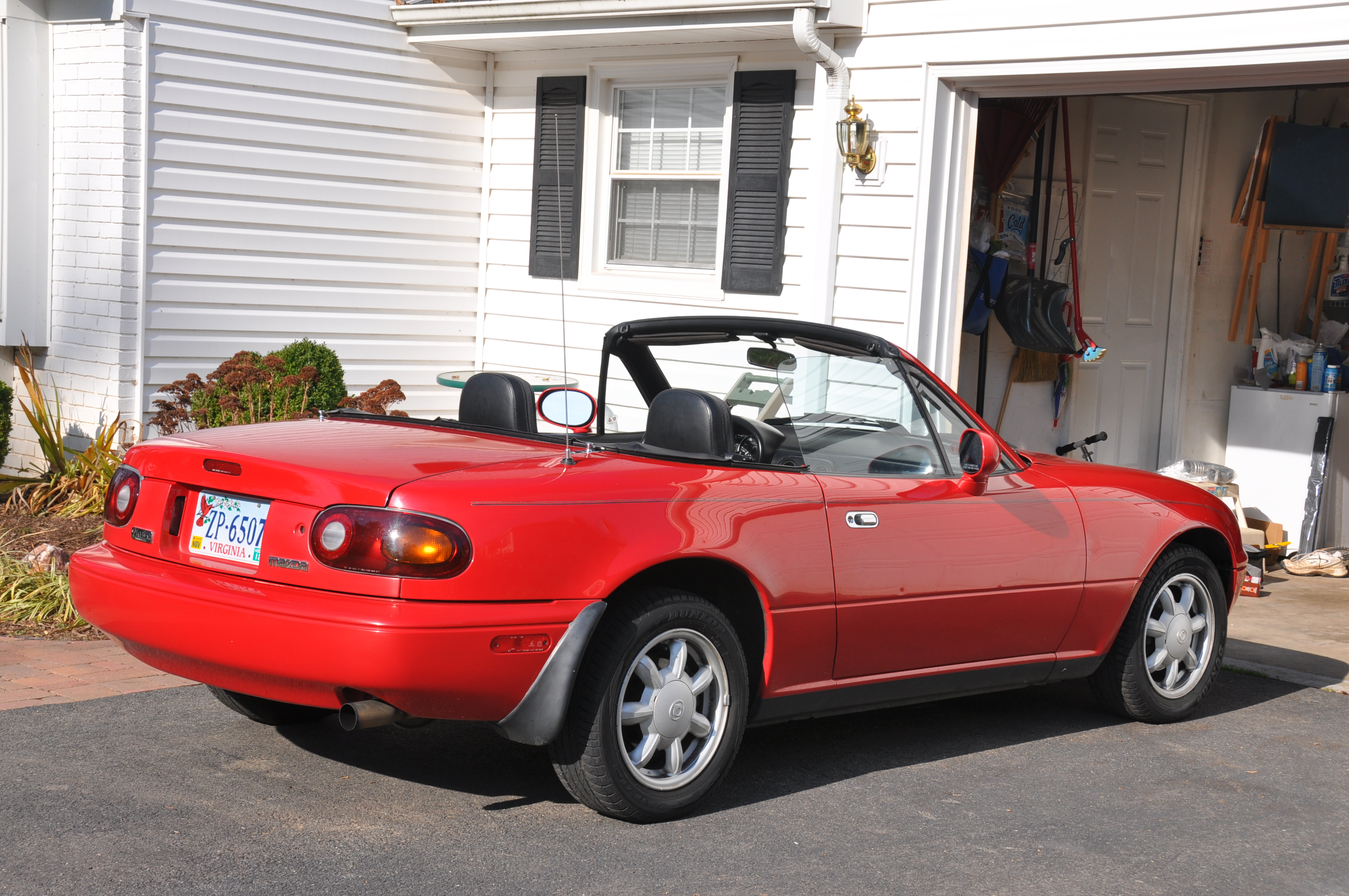 1994 mazda mx 5 miata information and photos zombiedrive. Black Bedroom Furniture Sets. Home Design Ideas