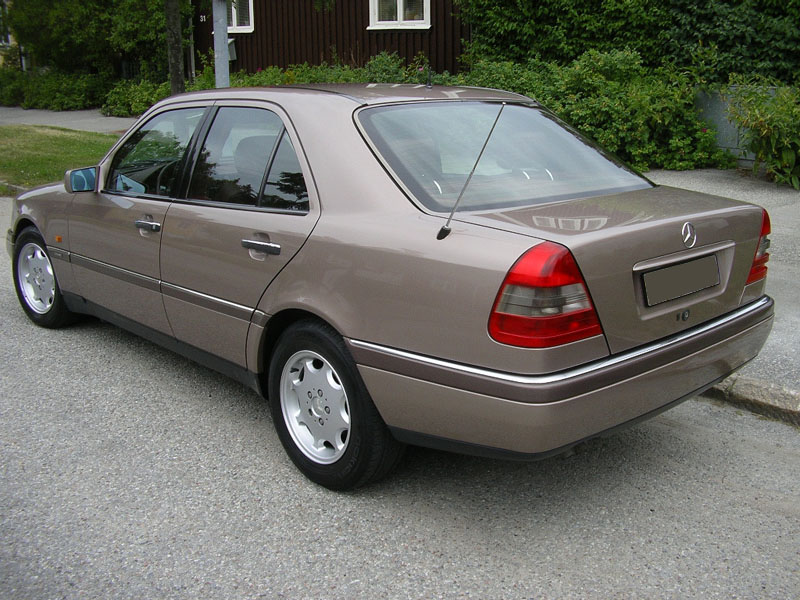 1994 mercedes benz c class information and photos for Mercedes benz 1994