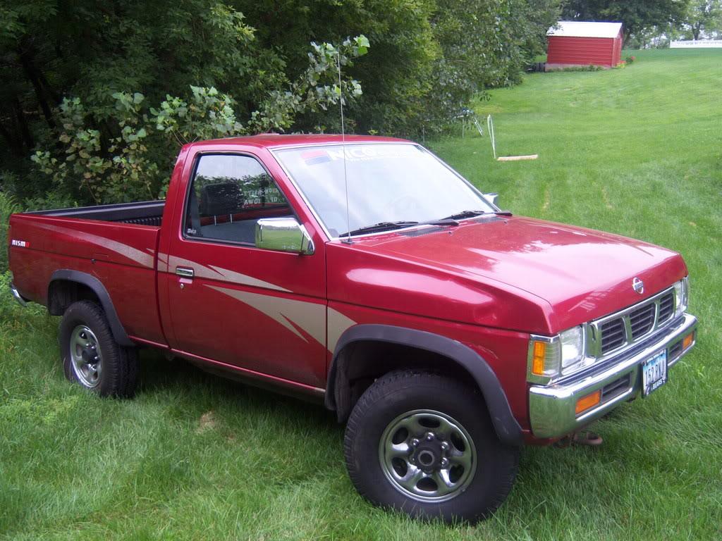 1994 Nissan Truck 8