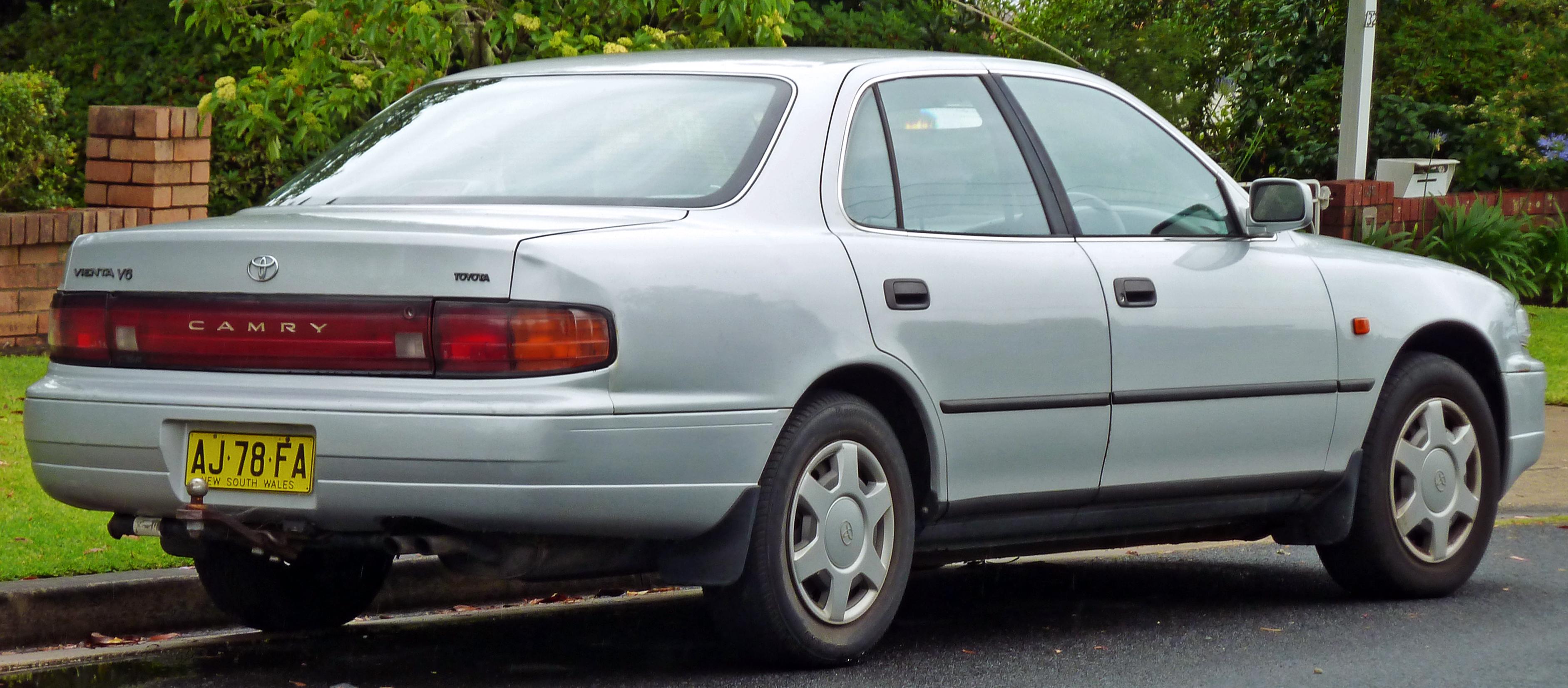1994 Toyota Camry Image 6