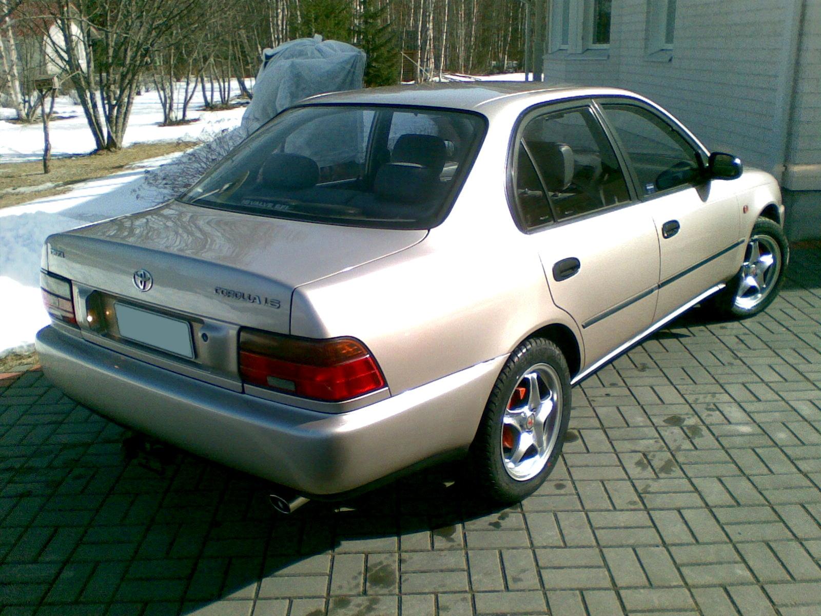 1994 Toyota Corolla Image 4